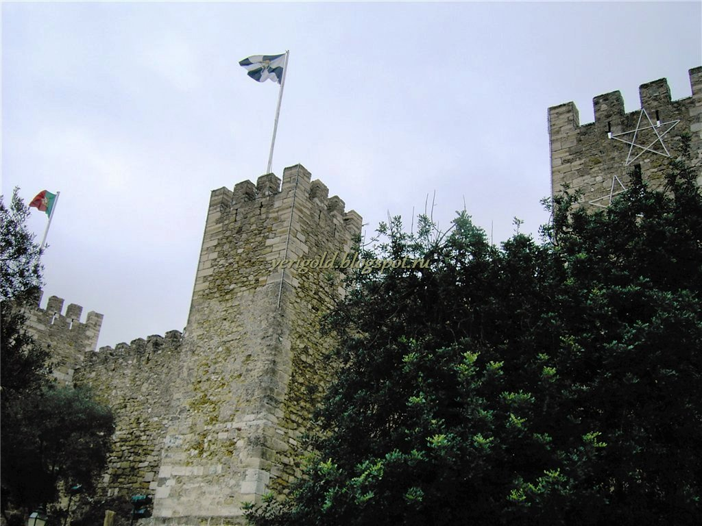 Оборонительные стены крепости Святого Георгия