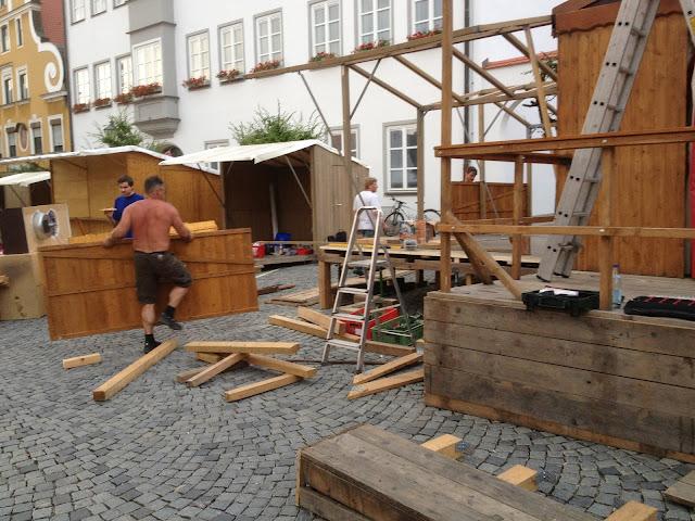 Altstadtfest 2013 -Aufbau - IMAGE_8CC01178-5620-471F-B2B2-19003AF7CC8E.JPG