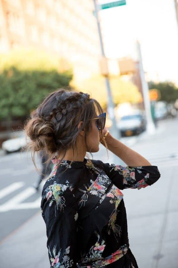 40+Latest styles Messy Buns -quick and easy ways! 2