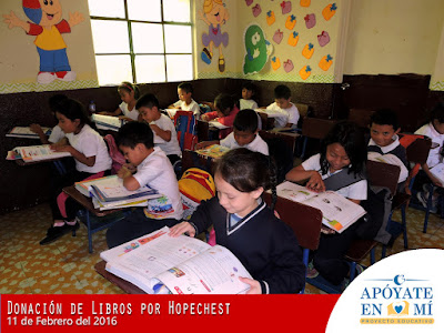 Donacion-de-Libros-de-Texto-por-Hope-Chest-04
