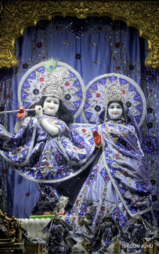 ISKCON Juhu Mangal Deity Darshan on 7th July 2016 (17)