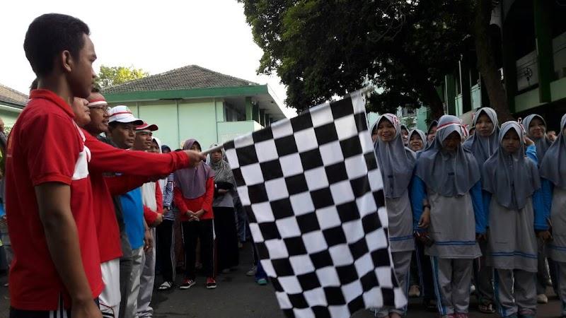 Ribuan Warga Ikuti Jalan Sehat Kebangsaan Alumni UIN Walisongo