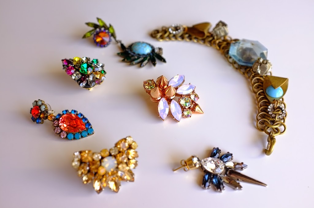 statement jewellery from Dannijo, Lulu Frost, Mawi, Anton Heunis and Radà