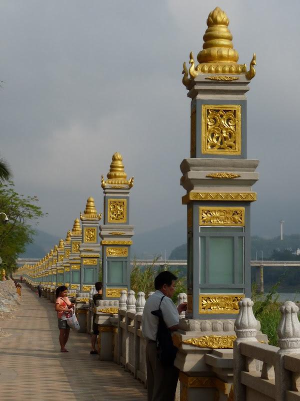 Chine .Yunnan . Lac au sud de Kunming ,Jinghong xishangbanna,+ grand jardin botanique, de Chine +j - Picture1%2B469.jpg
