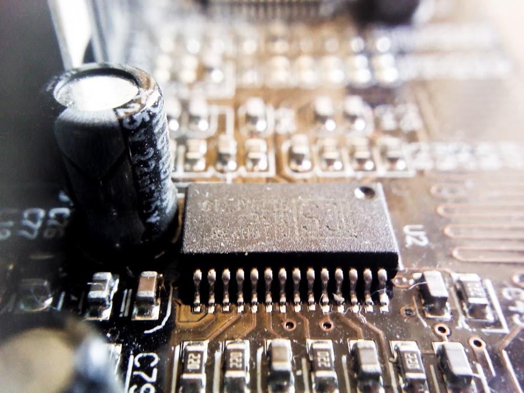 Macro_Technology-09