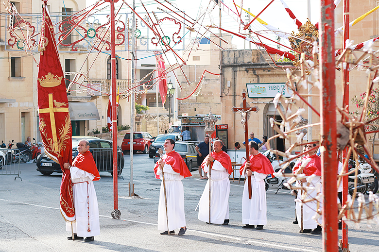 santa margerita festa, religious feast Malta, summer events, Gozo party, ground fireworks giggifogu