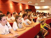 10 A Selye János Egyetem első évfolyamának hallgatói.jpg