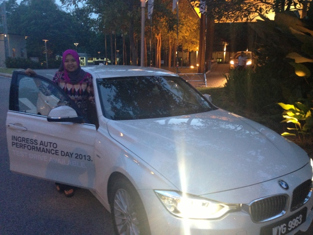 Shuhada Test drive BMW F30 at Ingress Auto
