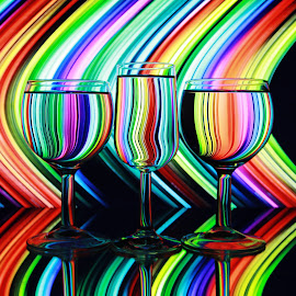 lines in glasses by Peter Salmon - Artistic Objects Glass