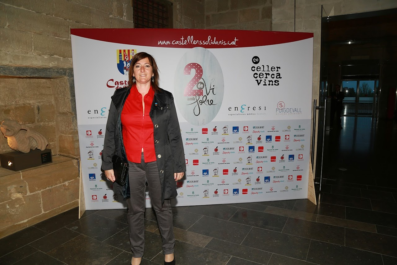 Fotocol Presentació Vi Solidari 2 de vi amb Folre - IMG_2408.jpg