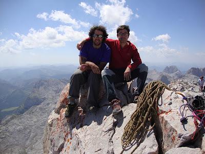 7- 13 agosto 2011 Espolon rojizo y espolon de los Franceses (Picos de Europa)