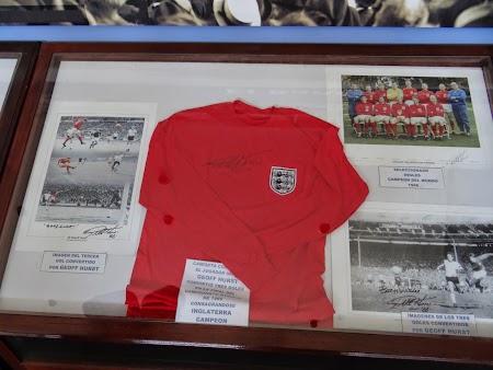 21. Hurst - England 1966.JPG