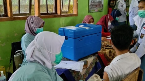 Kepsek SMA N 1 Luhak Nan Duo Ungkapkan Keuntungan Vaksin Covid-19.