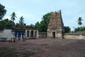 Thiruvilanagar (Thuraikattum Vallalar) Temple Inside View 01
