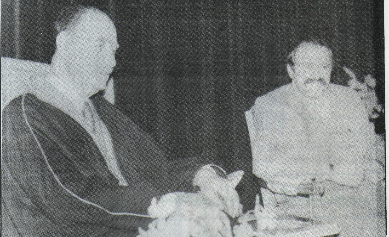 98faacdc5484e مع عبد الله بكر اخر رئيس للديوان الملكي قبل ثورة 14 تموز 1958