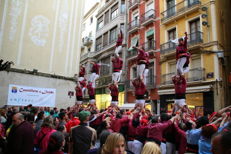 Actuació 20è Aniversari Castellers de Lleida Paeria 11-04-15 - IMG_9031.jpg