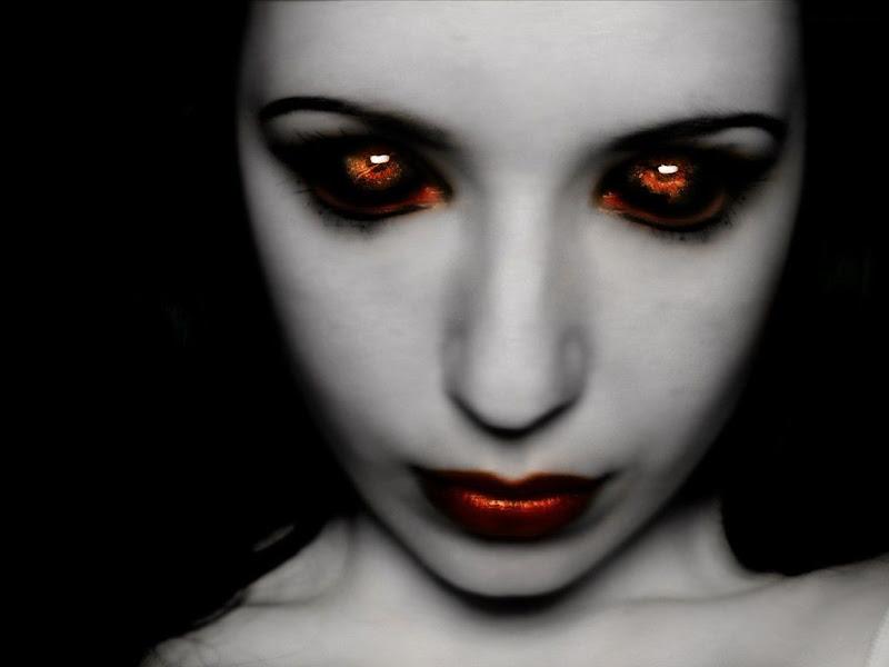 Shining Eyes, Gothic Girls