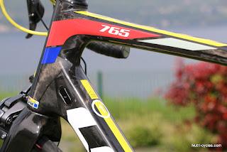 look-765-3670.JPG