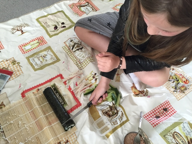 making-sushi-with-yutaka