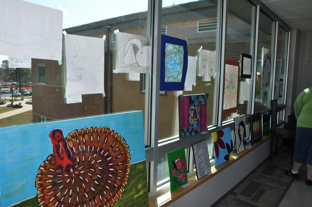 Student Art Show 2010 - DSC_0009.JPG