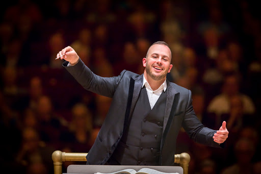 Yannick Nézet-Séguin conducts the Philadelphia Orchestra at Carnegie Hall with Gil Shaham as soloist, 10/13/15. Photo by Chris Lee