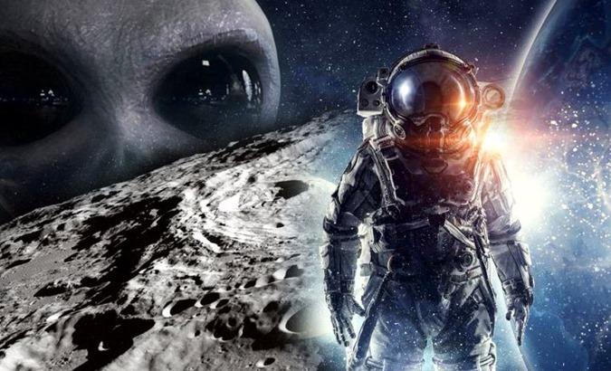 A Marinha dos EUA não conseguiu colocar 10.000 pessoas na Lua devido a um ataque extraterrestre 01
