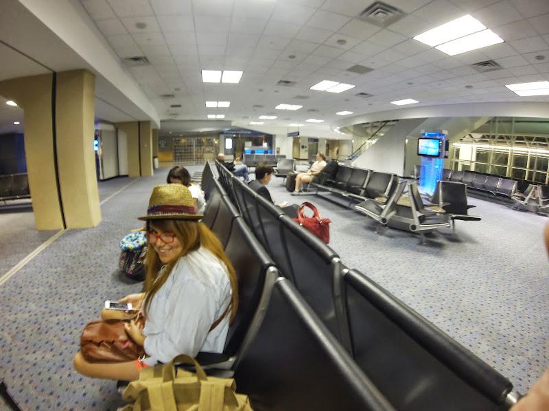 06-17-13 Travel to Oahu - GOPR2416.JPG
