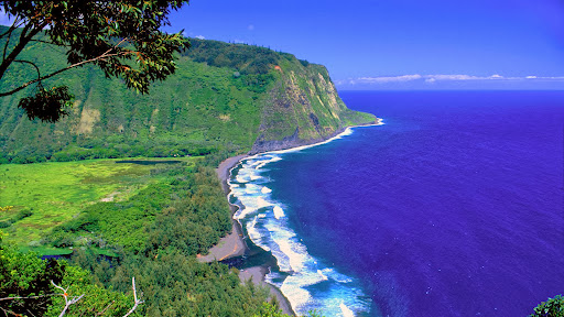 The Waipio Valley, Big Island, Hawaii.jpg