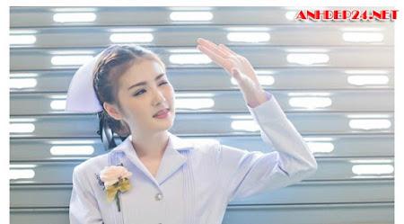 Nữ y tá Thái Lan bất ngờ nổi tiếng bởi vẻ đẹp thánh thiện
