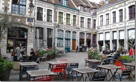 Place aux Oignons (2)