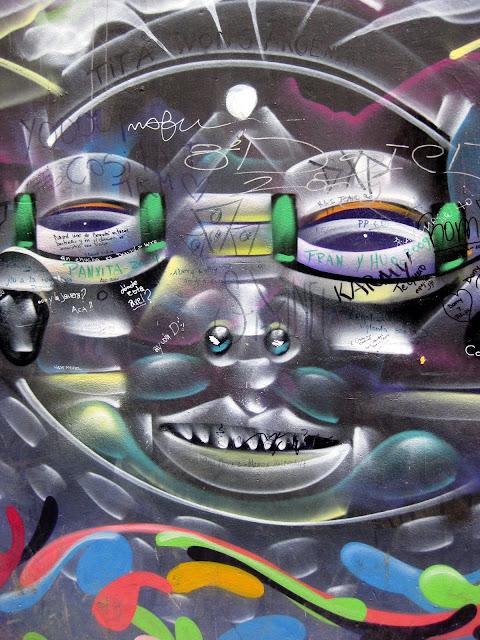 Valparaiso Grafitti - IMG_0955.JPG