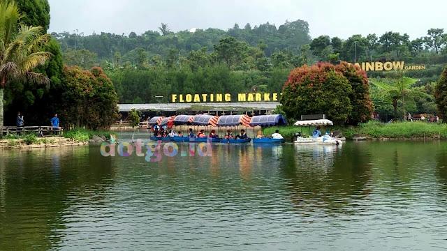 Floating market lembang tempat wisata paling populer dan ramai di lembang bandung