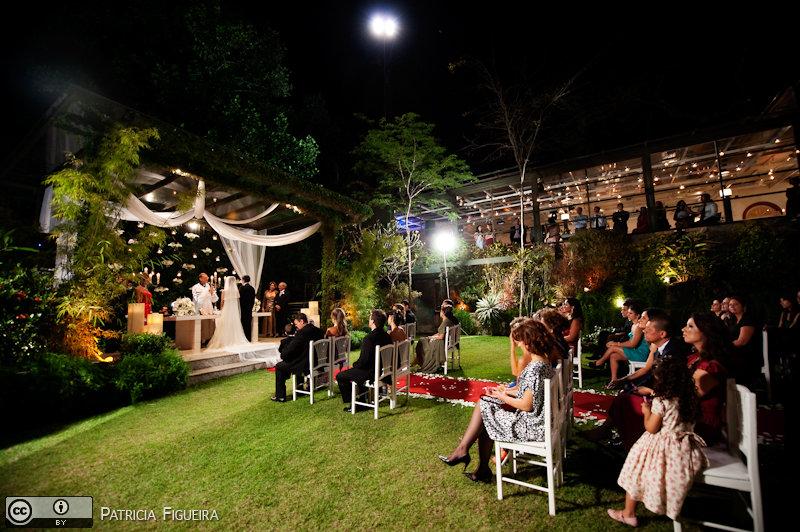 Foto de casamento 0946 de Lucia e Fabio. Marcações: 05/11/2010, Casa das Canoas, Casa de Festa, Casamento Lucia e Fabio, Fotos de Casa de Festa, Rio de Janeiro.