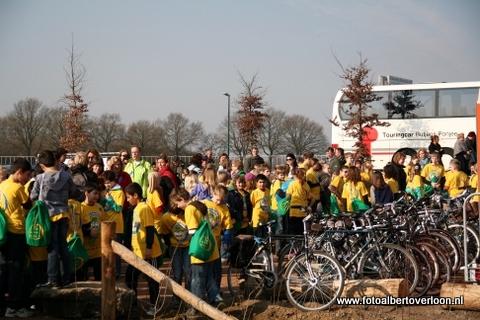 Nationale Boomfeestdag Oeffelt Beugen 21-03-2012 (4).JPG