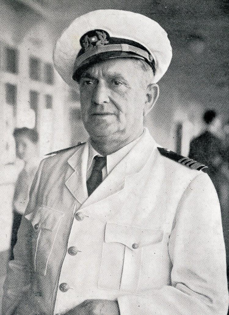 Don Gabriel Roselló. Capitan del MARQUES DE COMILLAS. 1944. Del libro Los Marinos de Baleares en la Compañia Trasatlantica. (1872-1944).jpg