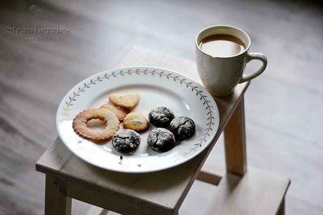 czekolada w kieszeni (pękające czekoladowe ciasteczka, czyli chocolate crinkles)