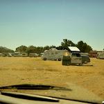 dziki camping przy plaży Valdevaqueros