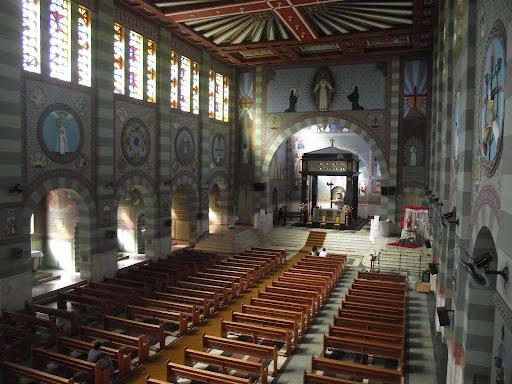 Santuário Sagrado Coração de Jesus - Vista Geral Interna
