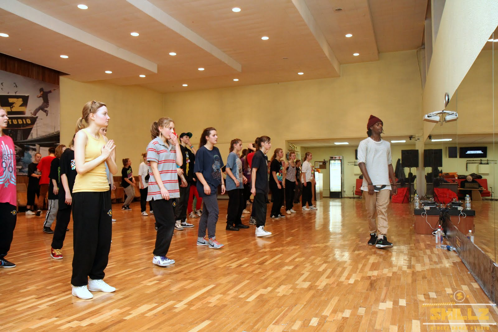 Hip- Hop workshop with Shaadow (UK) - IMG_1786.jpg