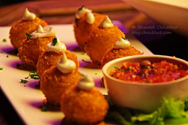 Chilli Cheese Poppers at The Flying Saucer Sky Bar, Viman Nagar, Pune