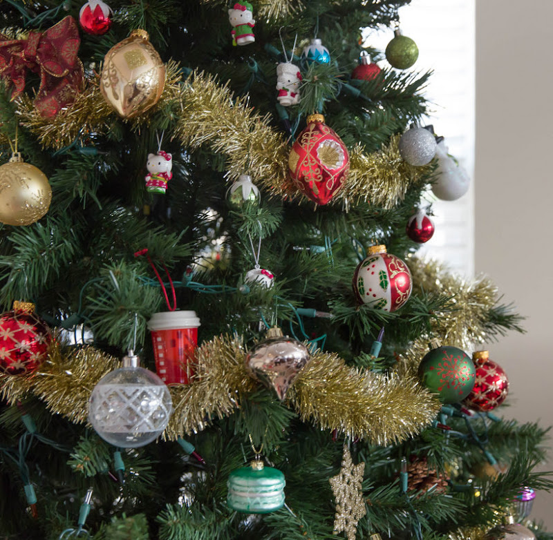 photo of a decorated Christmas tree