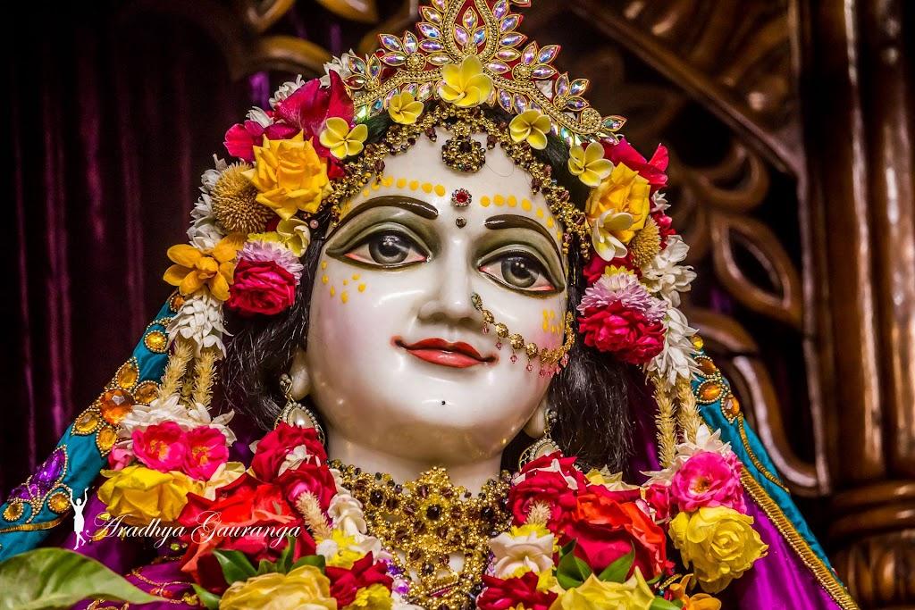 ISKCON Mayapur Deity Darshan 31 Dec 2016 (38)
