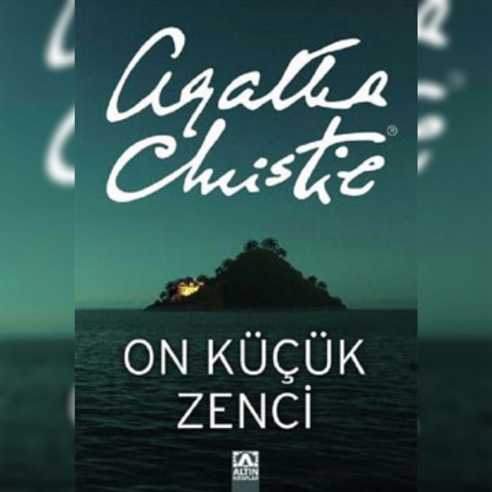 """""""On Küçük Zenci-Agatha Christie"""" Kitabı Hakkında"""