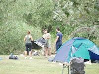 08 Bontják a sátrakat.JPG