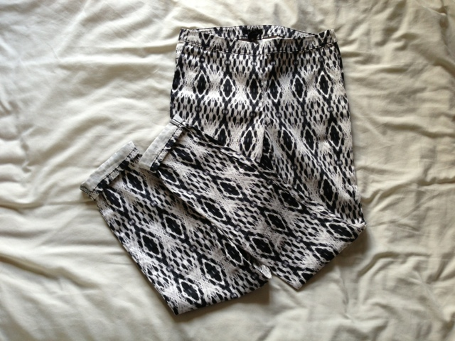 H&M High Waisted Aztec Pattered Trousers