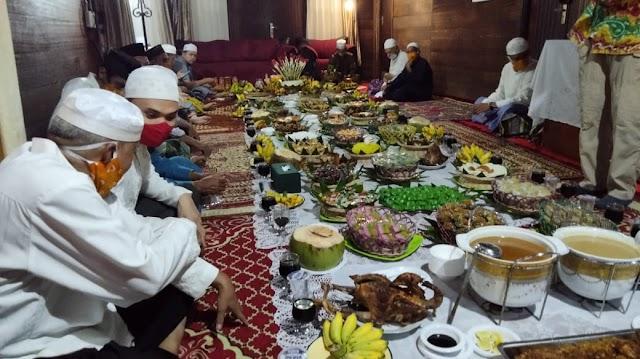Atur Dahar, Tradisi Syukuran Warisan Kerajaan Banjar di Kalsel
