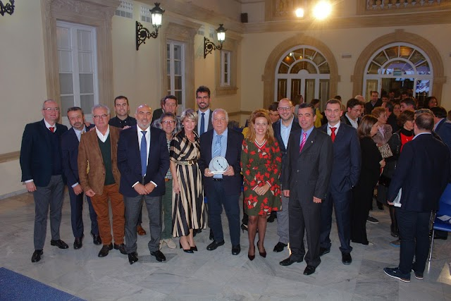 José María Rossell, presidente del Grupo Senator Hotels & Resorts, tras recibir el galardón, 'Gran Empresa'.