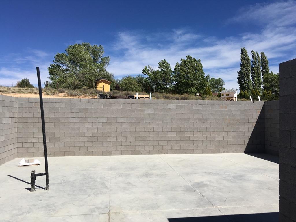 [5+-+Basement+walls+done%21%5B10%5D]