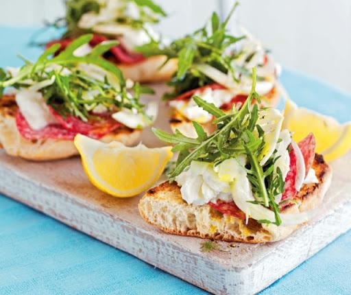 Mozzarella & salami ciabatta