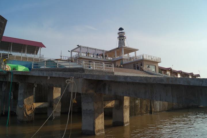 Omkareshwar and Hanmuntiya water resort - DSC06535.JPG